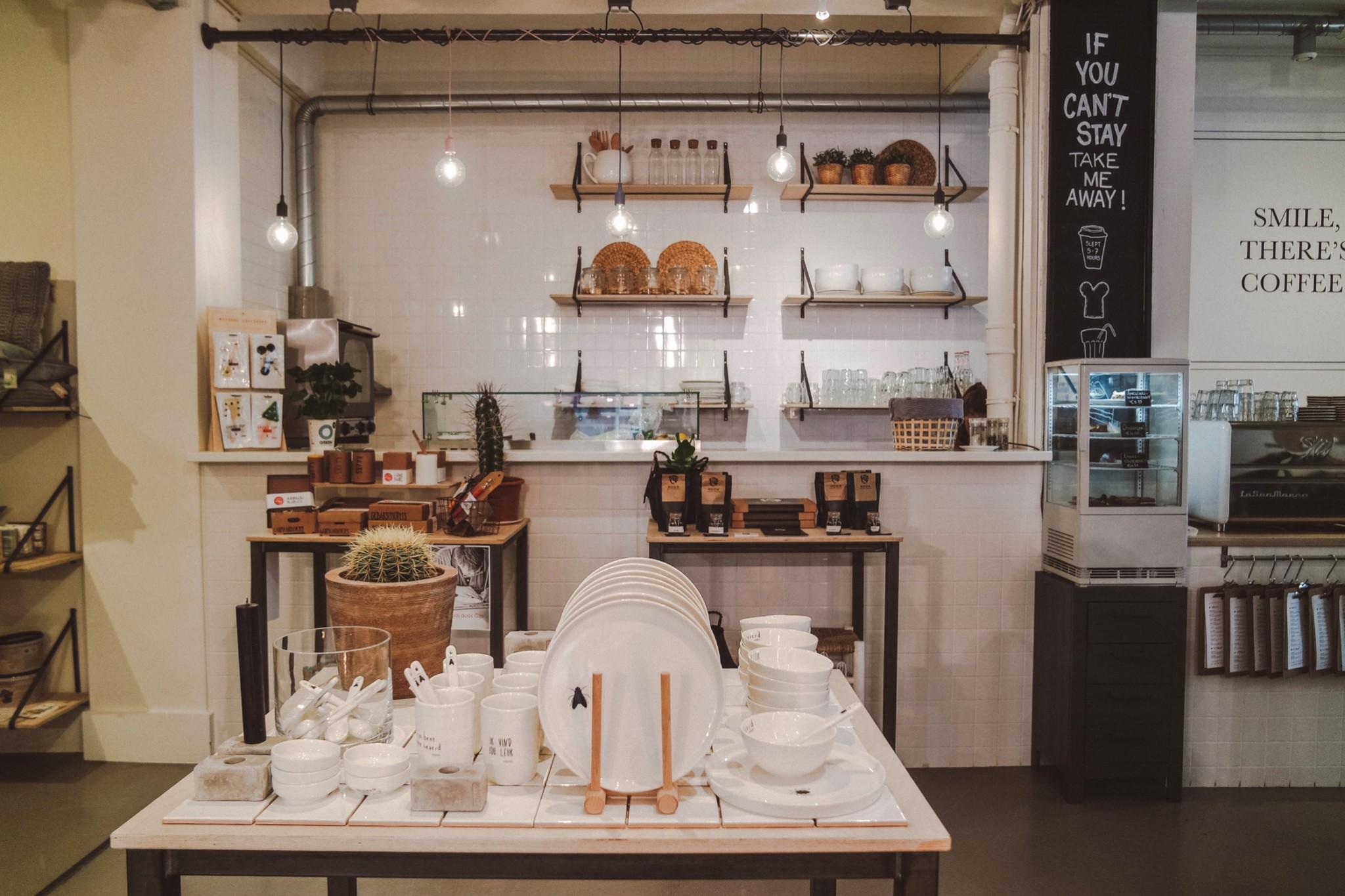 KEET ROTTERDAM: SHOPPING EN FOOD ONDER ÉÉN DAK AAN DE OPPERT