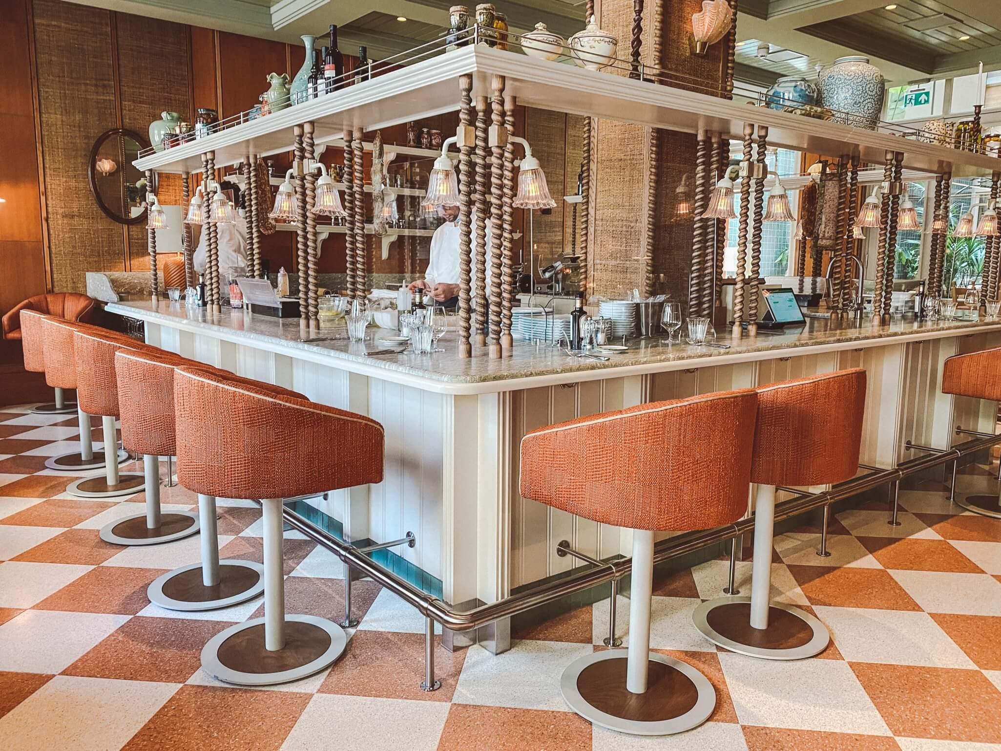 TRATTORIA GRAZIELLA AMSTERDAM: LUNCHEN IN HET PRACHTIGE HOTEL DE L'EUROPE
